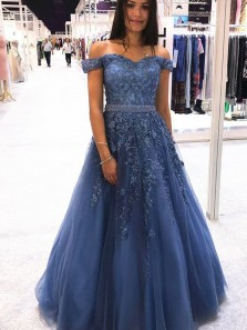 Charming Ball Gown Off the Shoulder Lace Tulle Long Prom Dresses with Beaded