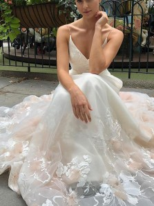 Fashion A Line V Neck Open Back Blush & Ivory Tulle Wedding Dresses with Lace