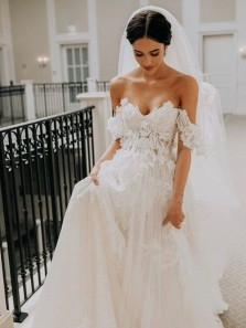 Gorgeous Ball Gown Off the Shoulder Wedding Dresses with Appliques