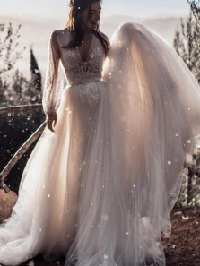 Gorgeous Fairy Ball Gown V Neck Puff Sleeves Wedding Dresses with Train