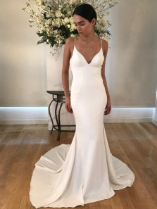 Elegant Mermaid V Neck Spaghetti Straps White Satin Wedding Dresses with Buttons
