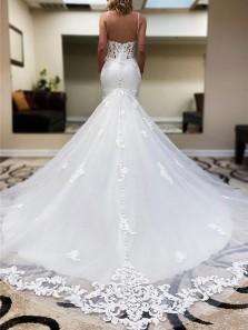 Charming Mermaid V Neck Spaghetti Straps White Tulle Lace Wedding Dresses