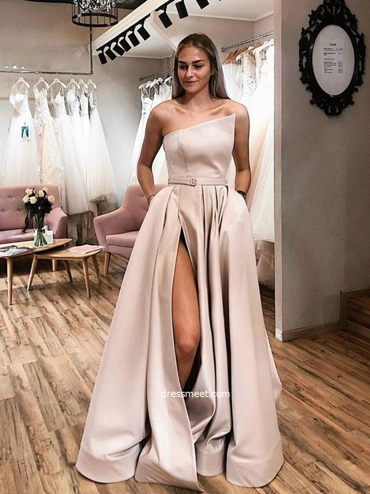 Ball Gown Strapless Satin Pale Apricot Slit Prom Dresses with Pockets