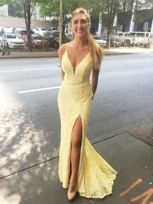 Elegant Mermaid V Neck Spaghetti Straps Slit Yellow Prom Dresses, Lace Daffodil Evening Dresses