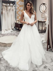 Gorgeous Ball Gown V Neck Open Back Tulle Wedding Dresses