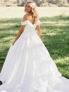 Fashion Ball Gown Off the Shoulder White Satin Long Wedding Gowns with Button