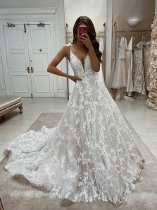 Luxurious Ball Gown V Neck Lace Wedding Gowns, Bridal Dresses with Appliques