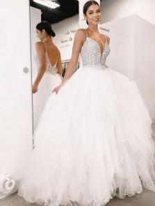 Gorgeous Ball Gown V Neck Spaghetti Straps White Tulle Wedding Dresses with Beading