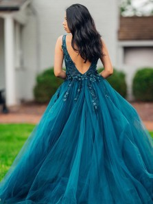 Gorgeous Ball Gown V Neck Open Back Tail Tulle Prom Dress with 3D Lace Appliques, Sweet 16 Dresses