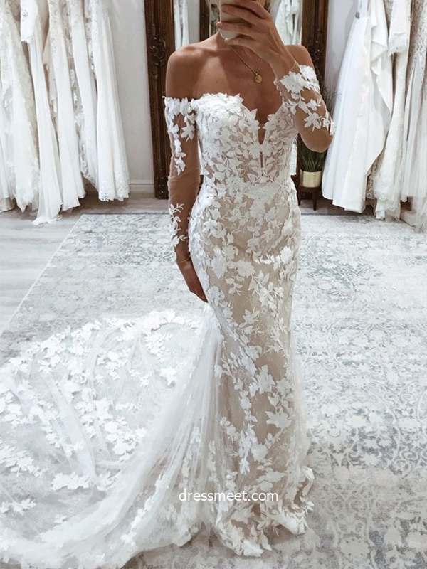Charming Mermaid Off the Shoulder Long Sleeves Lace Wedding Dresses