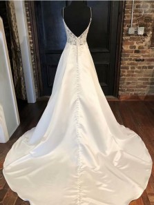 Elegant A Line Open Back Ivory Lace Wedding Dresses with Appliques WD0813001